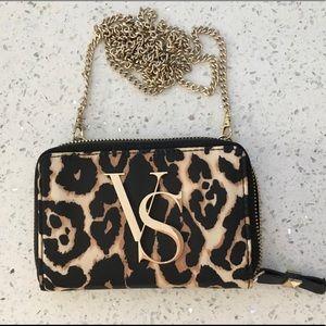 💕Victoria's Secret phone purse 5 1/2 x 3 1/2💕